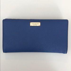 kate spade saffiano blue leather snap wallet EUC